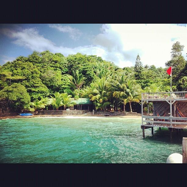 Cayos Cochinos Island